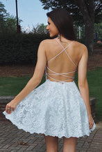 Load image into Gallery viewer, A Line Sweetheart Spaghetti Straps Backless White Lace Appliques Short Homecoming Dresses RS981