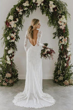Load image into Gallery viewer, Sheath A Line Long Sleeves Ivory Rustic Lace Backless Scoop Neck Beach Wedding Dresses RS726