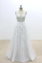 Load image into Gallery viewer, V-Cut shape Back Tulle Lace Appliques A Line Open Back Beach Wedding Dresses RS648