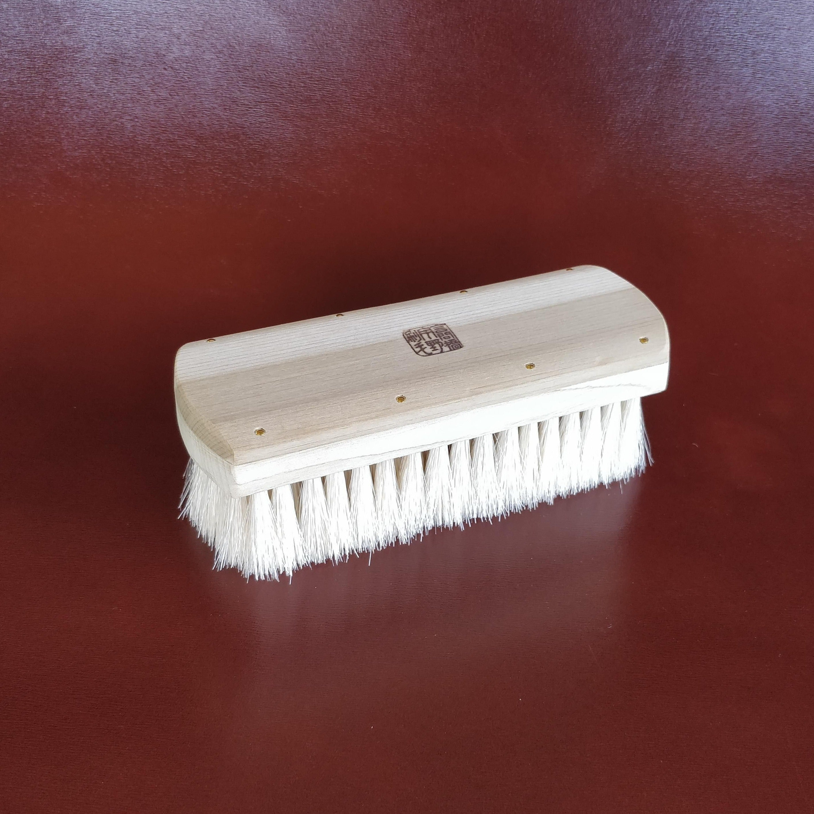 Unobrush Horse Hair Shoe Shine Brush by Fumu Top Angle
