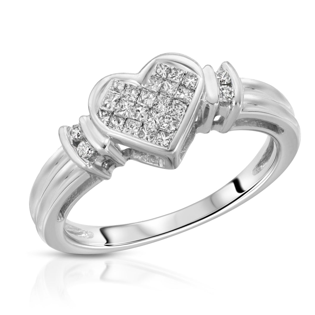 14k White Gold - Diamond Heart Ring