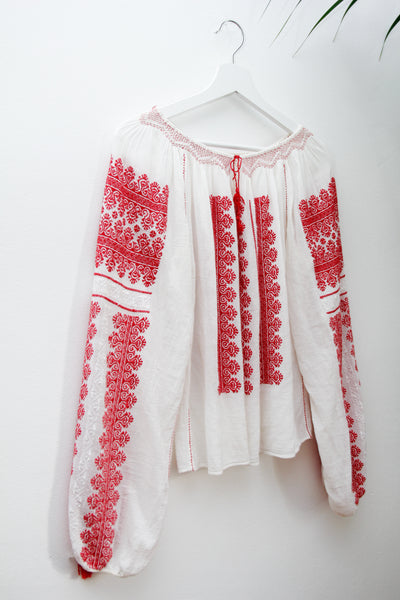 1970's Hungarian Folklore Blouse