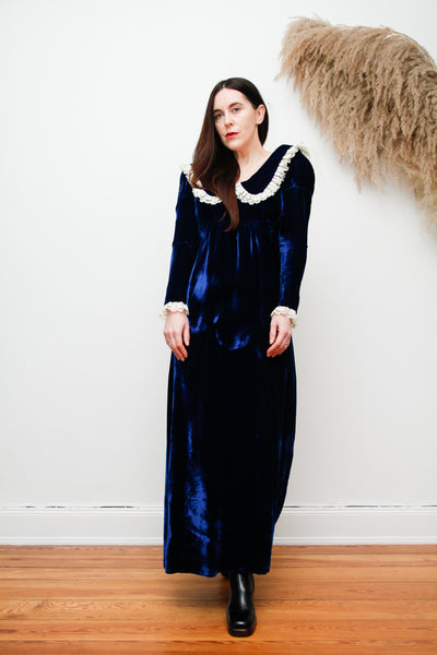 Vintage Midnight Blue Lace Maxi Dress