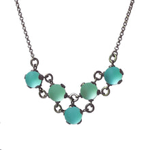 Load image into Gallery viewer, Maille Vee Necklace
