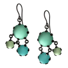 Load image into Gallery viewer, Triangle Maille Drop Earrings