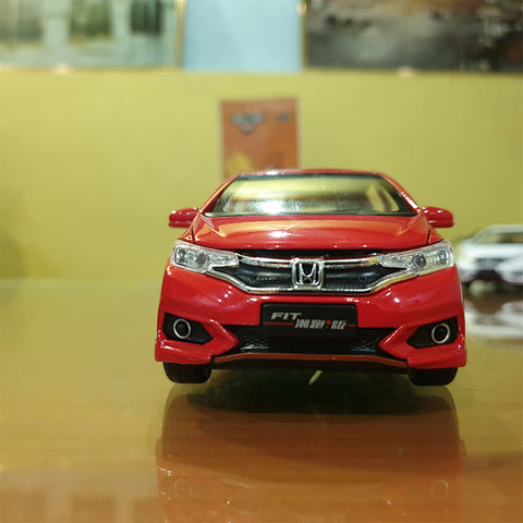 Metal Body Honda Fit 1:32 Scale