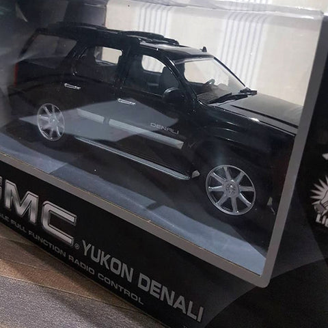 GMC Remote Control SUV 1:24 Model Car