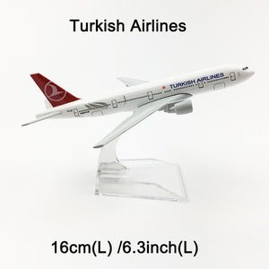 Metal Airplane - Turkish Airlines Boeing 777