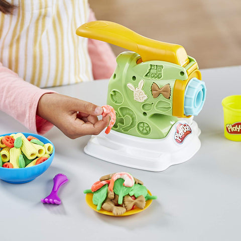 Hasbro Play-Doh Noodle Makin Mania Set