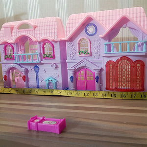Battery Operated Family Doll House (Small)