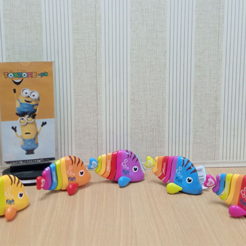 Rainbow Color Wind Up Fish - STO