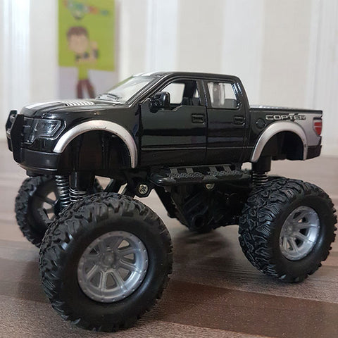 Die-cast Big Wheels Ford Raptor 1:32