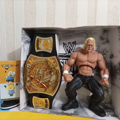 Hulk Hogan with Championship Belt