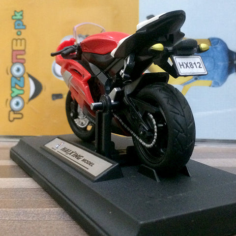 Die-cast Model 1:18 Scale Motorcycle Ducati 1199 Panigale