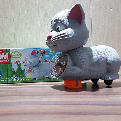 Talking Tom with 3D Light Wonderful Music