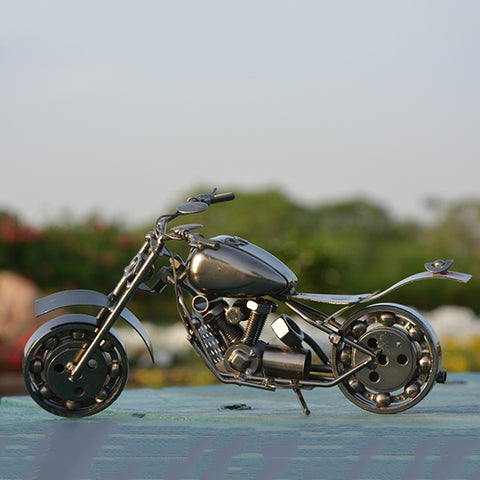 Image of Handcraft Metal Art Chopper Style Motorcycle (L)  At Toyzone.pk
