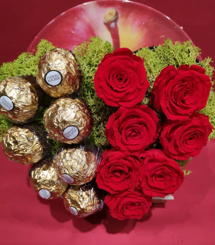 7 Rose stabilizzate e 7 Ferrero Rocher H24 - FOR ME H24