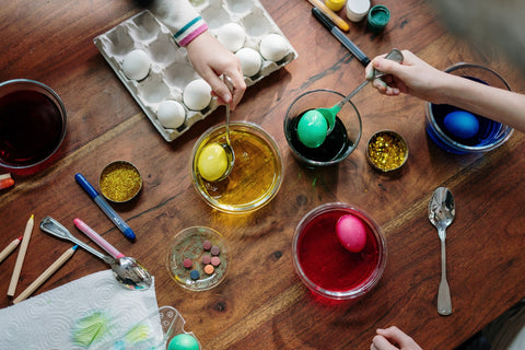 Show your artistic side and use a creative way to color the Easter eggs