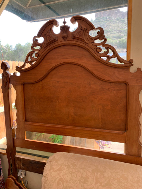 Antique Full/Double Bedframe