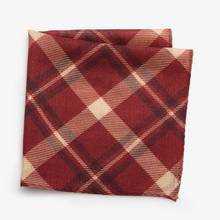 Load image into Gallery viewer, Boston College Pocket Square
