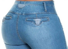 Load image into Gallery viewer, Gemma Push Up Jeans Cloudy Blue