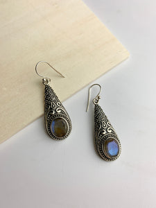 Gadin Earrings- Labradorite