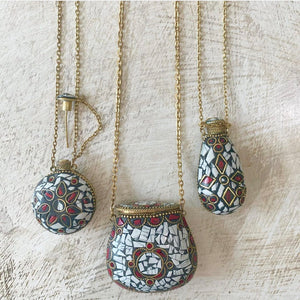 Mosaic Drop Perfume Holder Necklace - White
