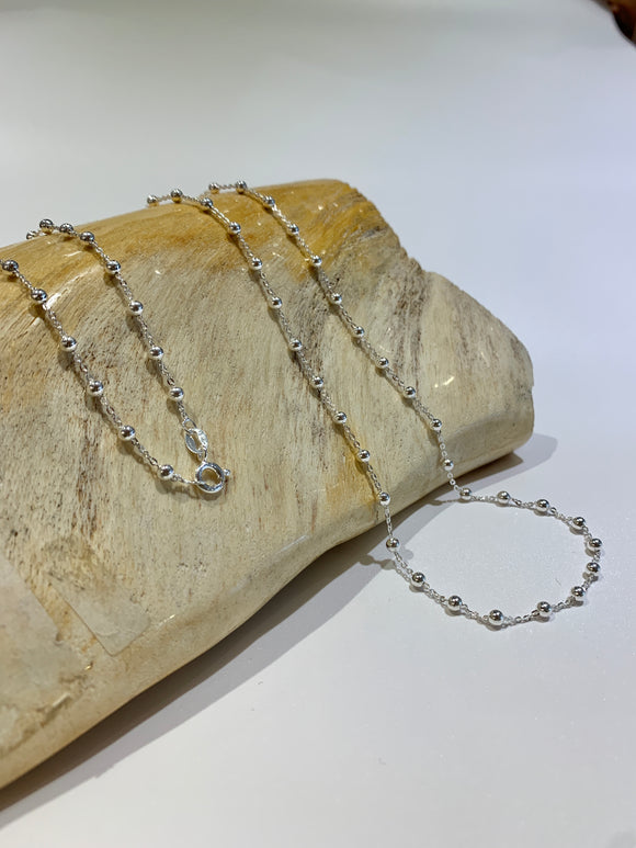 Silver link Chain with Silver balls