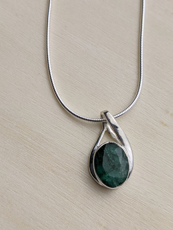 The Cradle Pendant - Emerald