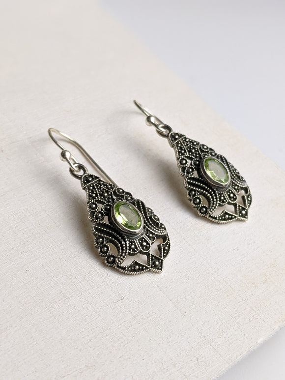 Verde Shield- Peridot Earring