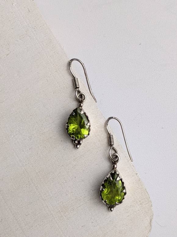 Moss Teardrops- Peridot Earrings