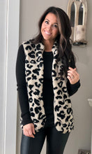 Load image into Gallery viewer, Leopard Sherpa Jacket Vest