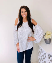 Load image into Gallery viewer, Cold Shoulder Leopard Top