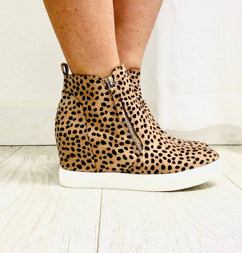 Leopard Wedge Brushed fabric upper