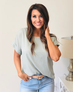 Dobby Rolled Sleeve Top Lt Sage
