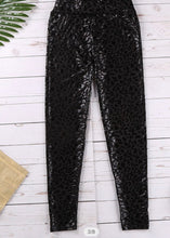Load image into Gallery viewer, Black Leopard Textured Leggings