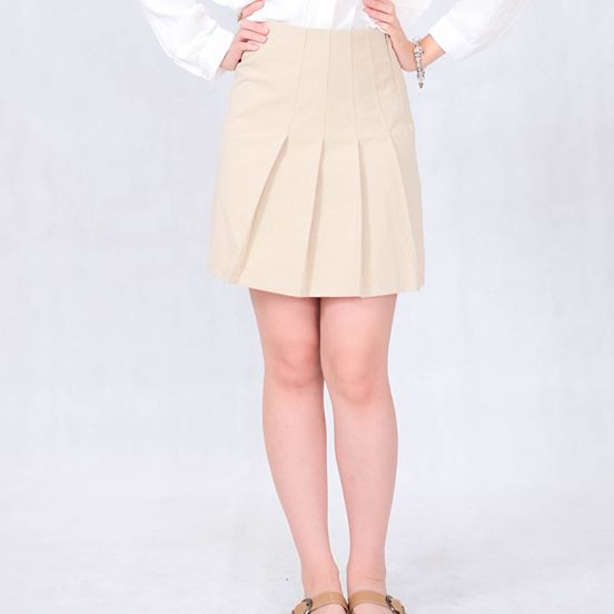 Scattered Mini-Skirt in Cream