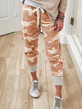 Load image into Gallery viewer, Women Camouflage Printed Jogging Pants