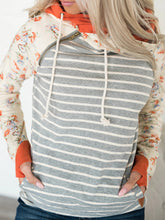 Load image into Gallery viewer, Women Striped Polyester Color Block Hooded Sweatshirts