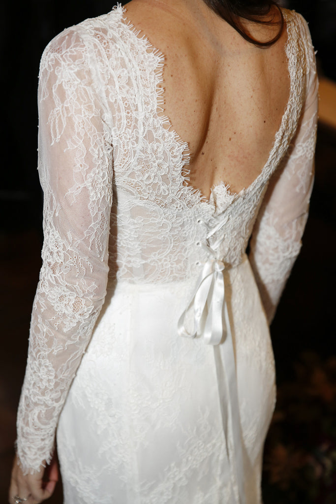 Pnina Tornai '4325' size 6 used wedding dress back view on bride
