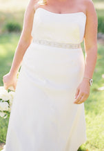 Load image into Gallery viewer, Anna Maier 'Duchess Satin' - Anna Maier - Nearly Newlywed Bridal Boutique - 1