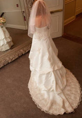 Oleg Cassini 'Sweetheart Beaded Ivory'
