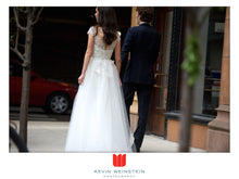 Load image into Gallery viewer, Reem Acra 'Ilsa' - Reem Acra - Nearly Newlywed Bridal Boutique - 3