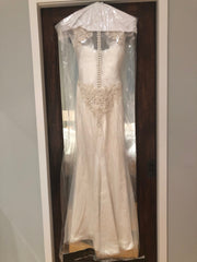 Vera Wang 'Adelia' size 2 used wedding dress front view on hanger