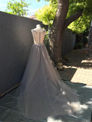 Creature of Habit 'Custom Tulle' size 6 new wedding dress back view on mannequin