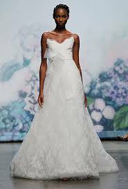 Monique Lhuillier 'Promise' - Monique Lhuillier - Nearly Newlywed Bridal Boutique - 1