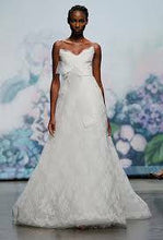 Load image into Gallery viewer, Monique Lhuillier 'Promise' - Monique Lhuillier - Nearly Newlywed Bridal Boutique - 1