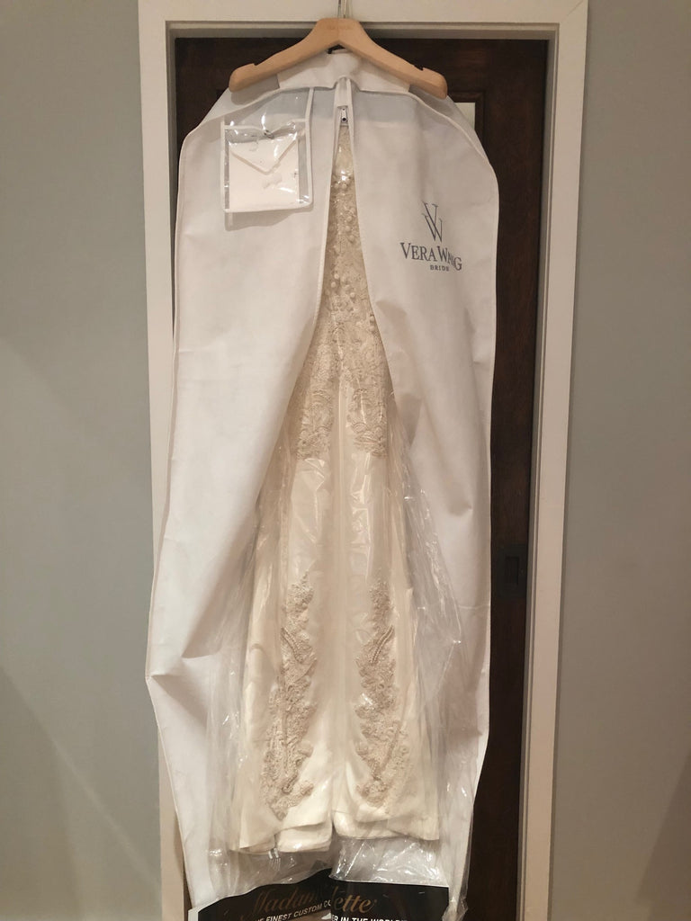 Vera Wang 'Adelia' size 2 used wedding dress view of dress in bag