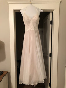 Essence of Australia 'Lace Organza And Tulle' size 10 used wedding dress front view on hanger