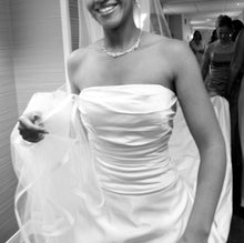 Load image into Gallery viewer, Amy Kuschel 'MODA II' - amy kuschel - Nearly Newlywed Bridal Boutique - 5